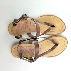 Blowfish Brown Leather Thong Sandals